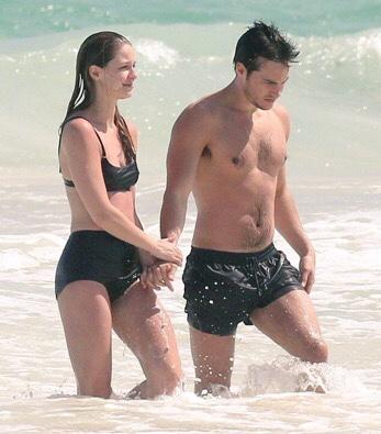 Chris Wood e Melissa Benoist: e bacio fu! La tenera ... Ed Westwick Dating